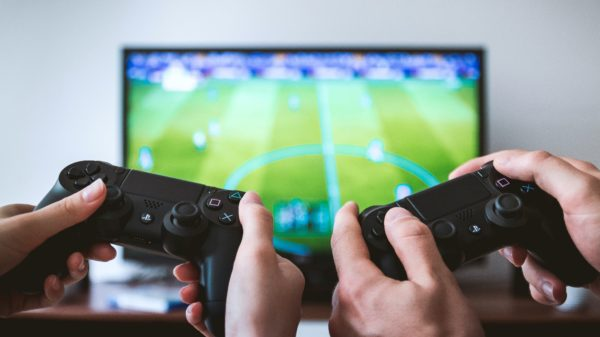 Yes, you can now benefit from your favorite activity by earning money through it. Read more to find out four ways you can make good money from playing video games.