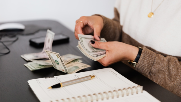 Earning more money is now not that difficult. Read more to find out five ways you can earn some extra money off the internet